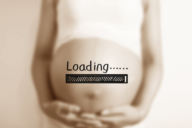 pregnant-woman-with-loading-poster_1205-378